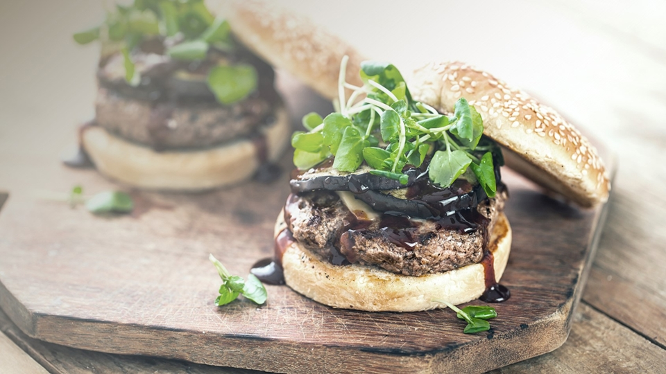 Ingredients for plant-based burgers using AAK's AkoPlanet