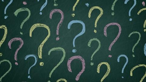 Frågetecken i olika färger på mörkgrön bakgrund - Technical Products - AAK