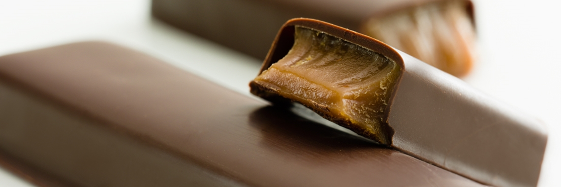 Chocolate bar with filling - Chocolate and Confectionery - AAK