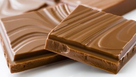 Närbild på chokladbitar - Choklad och konfektyr - AAK