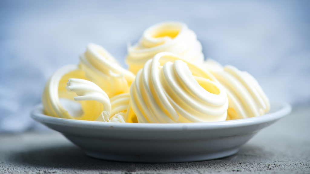 Butter on a plate - Foodservice and Retail - AAK