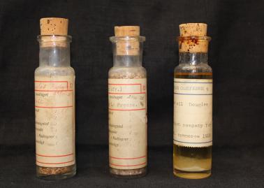 Olier fra 1919 og 1925.